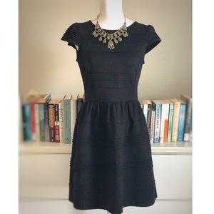 Elle | Black Ribbed Dress